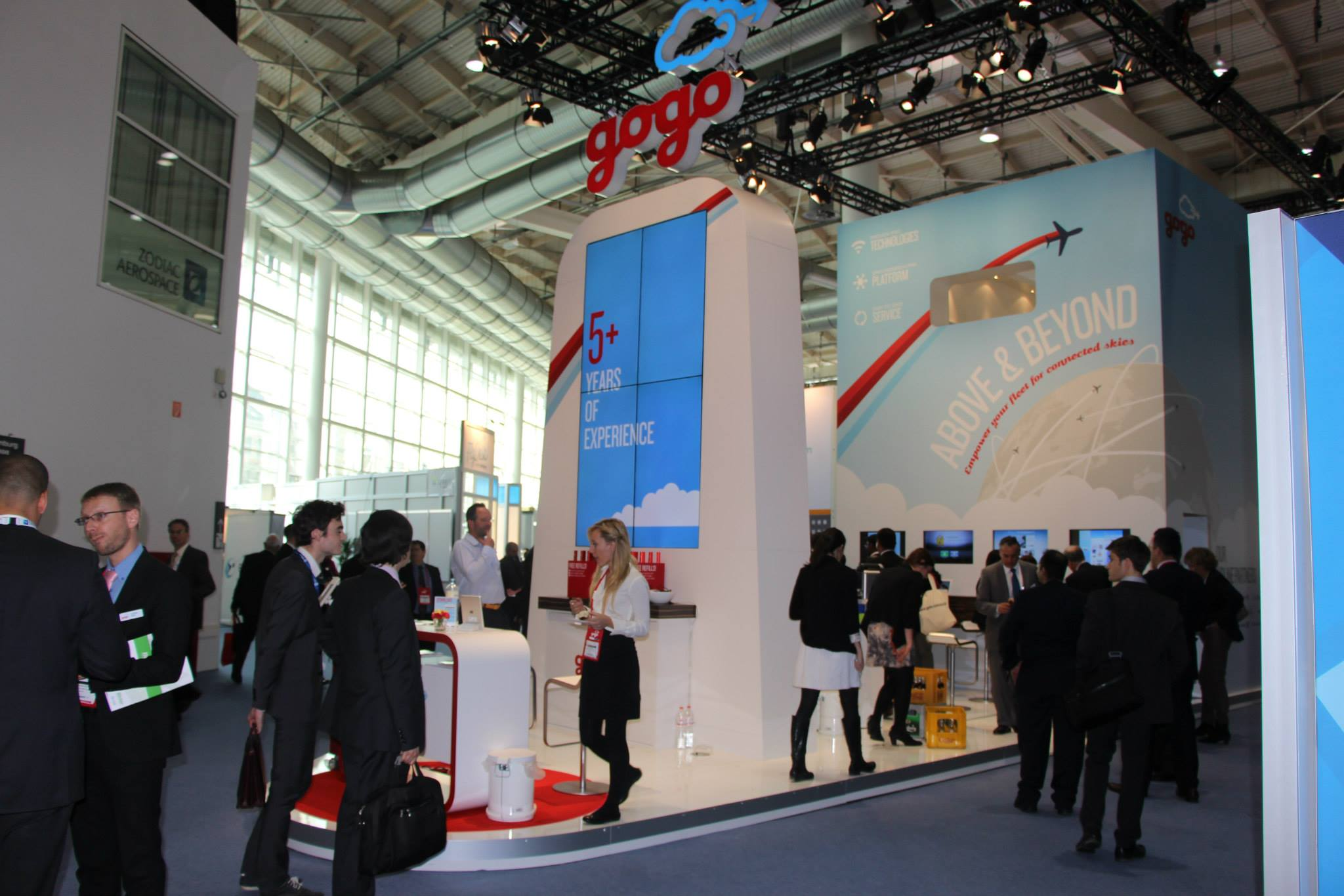 Visit gogo at the 2015 aircraft interiors expo in hamburg for Interior designer hamburg